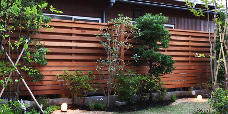 木製フェンス設置後