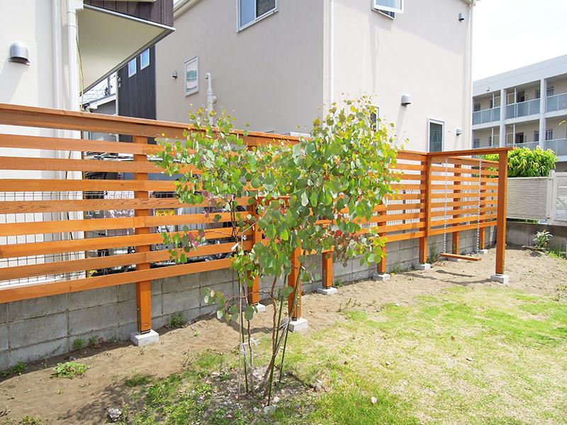 少しずつ作りあげる湘南の庭